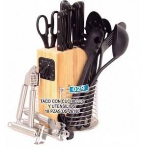 Taco con cuchillo y accesorios 18 piezas oster