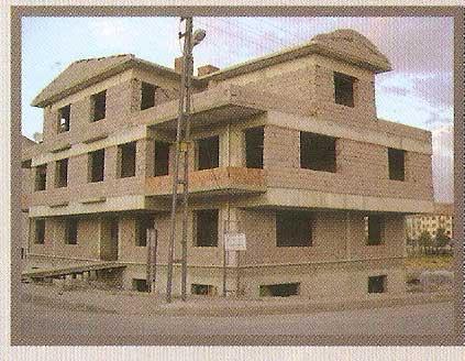 imagen del edificio construido y terminado con el sustituto del cemento PU700